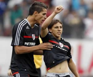 Diego Buonanotte (d), (River Plate); Foto: EFE