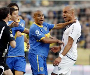 En Vélez se resisten a que Santiago Silva pase a Boca