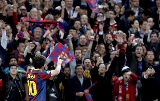 El delantero argentino del FC Barcelona Lionel Messi celebra su gol, segundo de su equipo/EFE