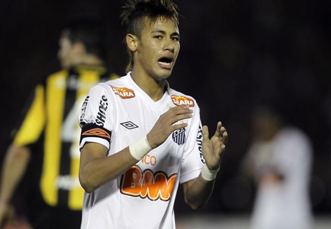 En la definición, Santos contará con sus figuras ante el corajudo Peñarol