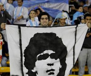 Regresan los pedidos para que Maradona retorne a la Albiceleste