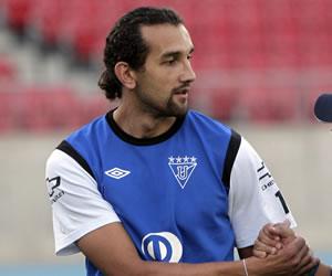 Hernán Barcos, un goleador solidario