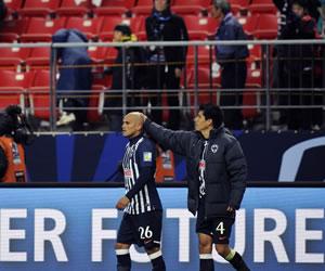 Suazo sigue sin presentarse a Monterrey y Boca 'hace fuerza'