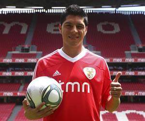 Enzo Pérez se resiste a reincorporarse al Benfica