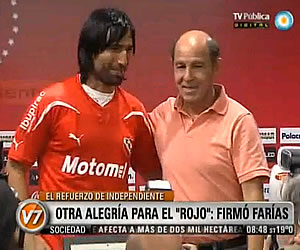 Presentación de Ernesto Farías con Independiente