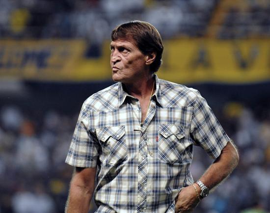 Boca abrió el Clausura venciendo a Olimpo y Lanús goleando a San Lorenzo