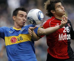 Boca rinde examen ante Newell's y Lanús defiende liderato frente a San Martín