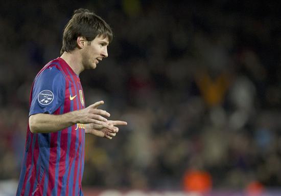 Leo Messi del FC barcelona celebra la goleada ante Leverkusen. Foto: EFE
