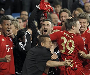 Los jugadores del Bayern de Munich celebran el pase del equipo bávaro a la final de la Liga de Campeones