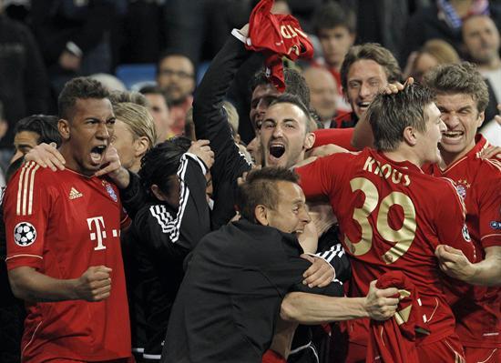 Los jugadores del Bayern de Munich celebran el pase del equipo bávaro a la final de la Liga de Campeones. Foto: EFE