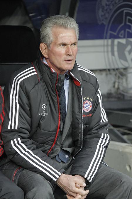 El entrenador del Bayern de Munich, Jupp Heynckes, en el inicio del encuentro correspondiente a la vuelta de la semifinal de la Liga. Foto: EFE