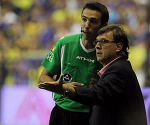 Newell's busca retener el liderato a expensas de un presionado Tigre