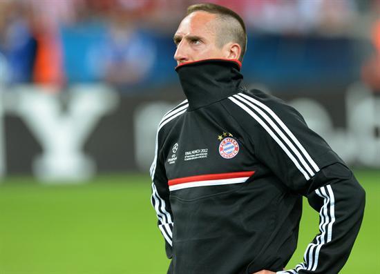El jugador del Bayern Franck Ribery se lamenta. Foto: EFE