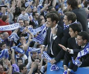 El Deportivo se da otro baño de masas el día después del ascenso