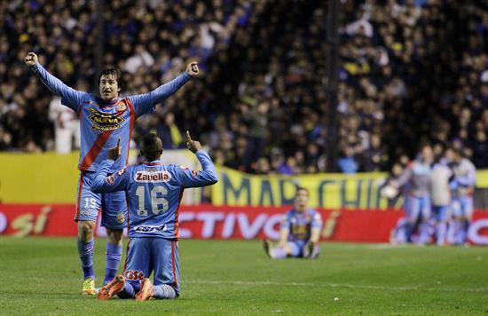 Arsenal goleó a Boca, lo bajó liderato y ahora domina la Liga con Tigre