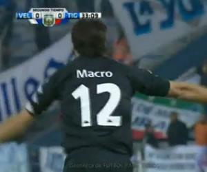 Tigre venció a Vélez y quedó provisionalmente como único líder