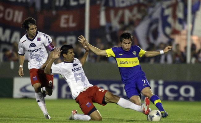 El fútbol argentino ante una insólita definición del título