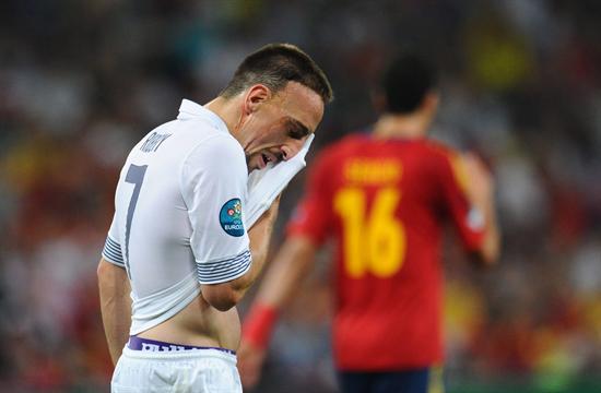 El jugador francés Franck Ribery reacciona ante Francia. Foto: EFE