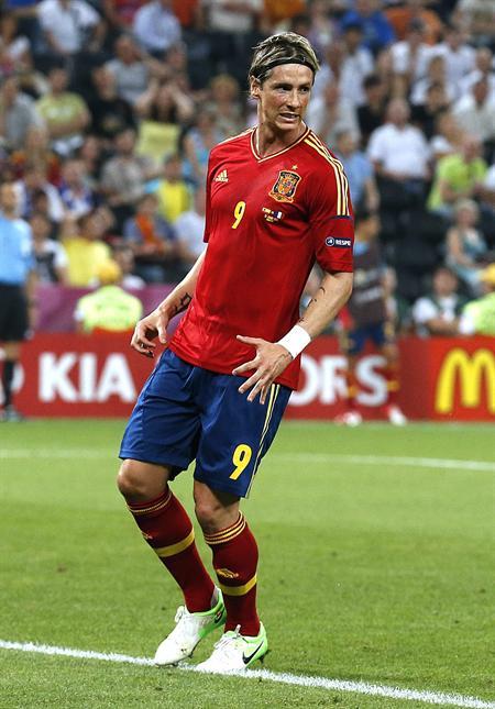El jugador español Fernando Torres reacciona. Foto: EFE