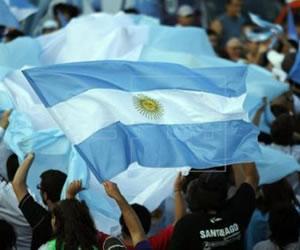 El fisco argentino bloquea operaciones de 146 intermediarios del fútbol
