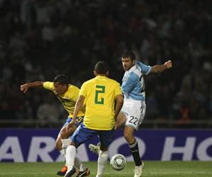 Argentina comienza a entrenarse para los partidos del 'Superclásico de las Américas'