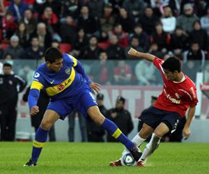 Independiente que busca su permanencia visita al líder Boca