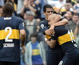 Boca consolida su liderato al derrotar a Independiente