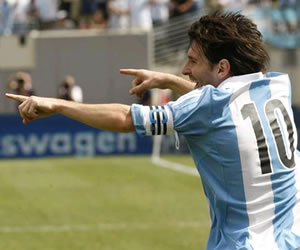 El gol de Messi sobre Brasil, candidato al mejor del año