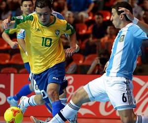 Brasil elimina a Argentina y es primer semifinalista