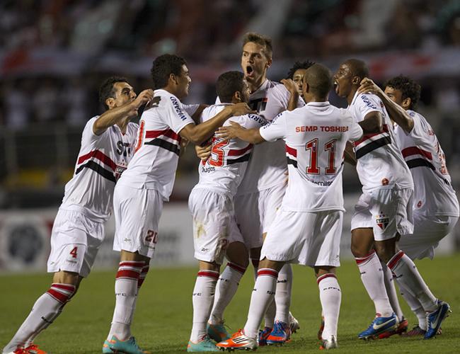 São Paulo viajó a Chile con todos sus titulares y con Ganso