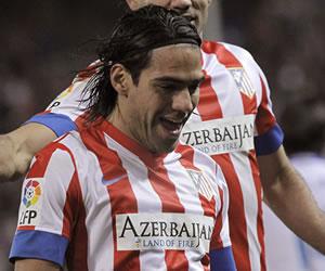 Falcao se desata con cinco goles; Messi hace historia