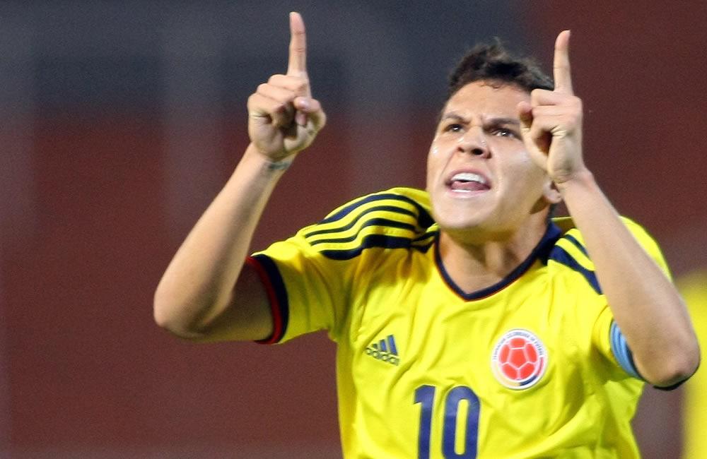 El jugador de Colombia, Juan Fernando Quintero, celebra una anotación ante Paraguay. Foto: EFE
