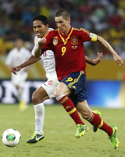 El delantero de España, Fernando Torres, en acción contra Tahití. Foto: EFE