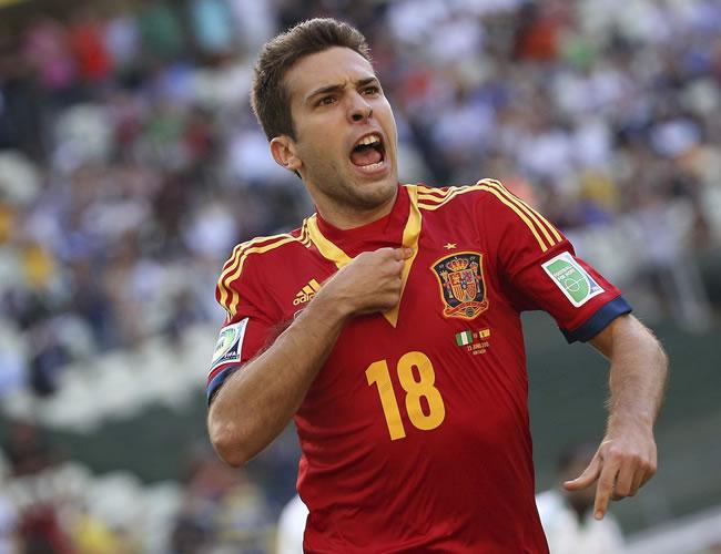 El centrocampista español Jordi Alba celebra el gol conseguido ante Nigeria durante el último partido del grupo B de la Copa Confederaciones. Foto: EFE
