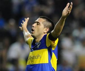 Riquelme y 'Cata' Díaz le dan triunfo a Boca Juniors