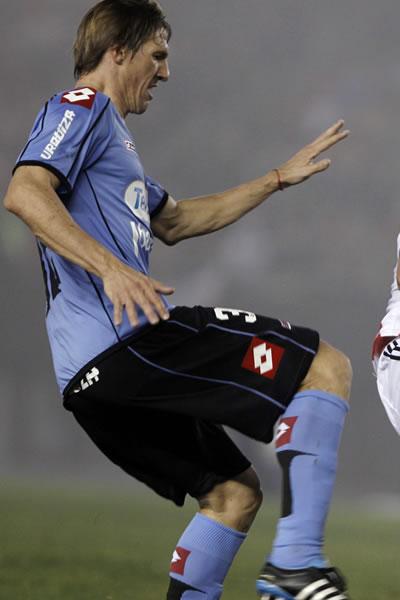 Belgrano y Vélez dan comienzo a la participación argentina