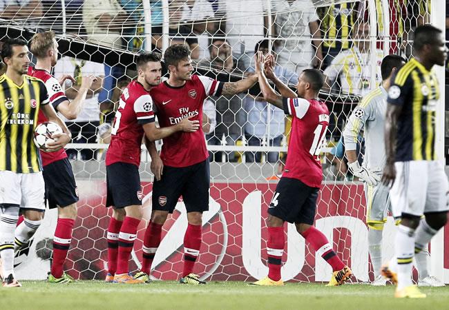Arsenal y Basilea se acercan a la fase grupos