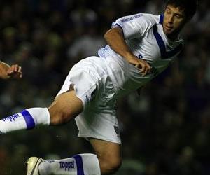 Vélez elimina a Belgrano en Liniers