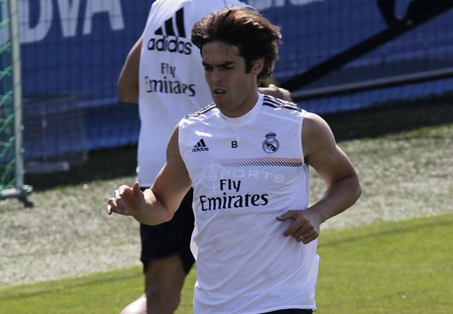 El centrocampista brasileño del Real Madrid Ricardo Izecson Kaká, durante el entrenamiento. Foto: EFE