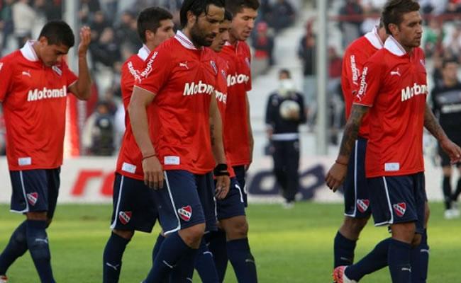 Independiente no pudo ganar ni con el estreno de su nuevo entrenador. Foto: EFE