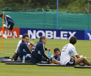 Argentina entrena previo al juego frente a Paraguay por las eliminatorias suramericanas