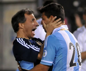 Argentina goleó a Paraguay en Asunción