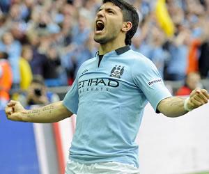 Silva y Agüero se alían en el City para batir al Everton, invicto hasta ahora
