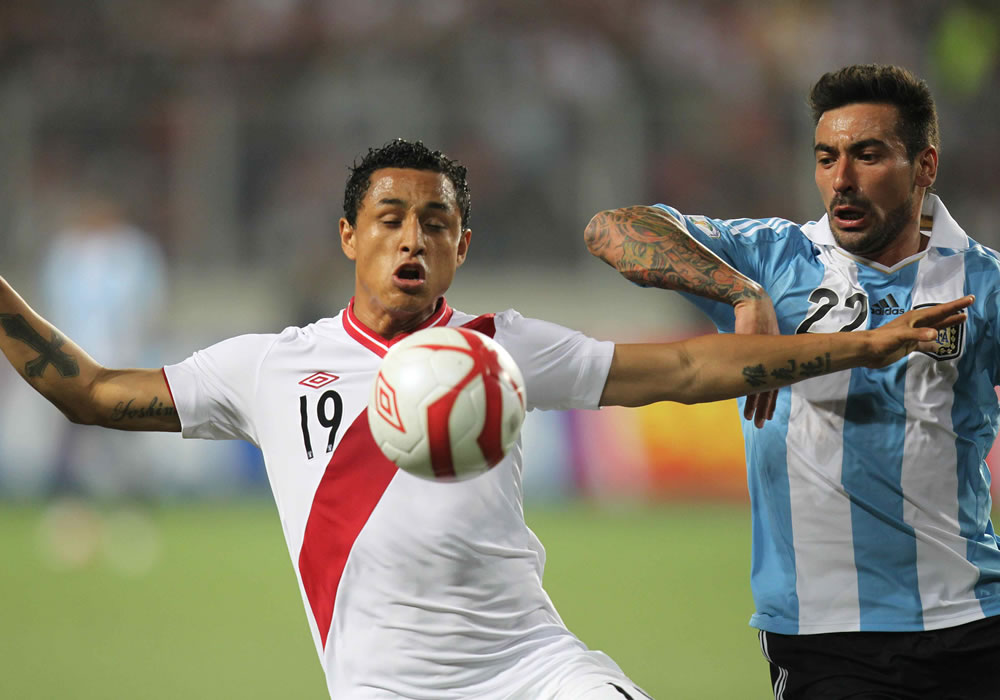 Ezequiel Lavezzi comandará el ataque de Argentina ante Perú. Foto: EFE