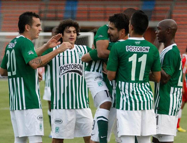 Diez equipos definen paso a cuartos donde esperan Lanús, River y Vélez. EFE