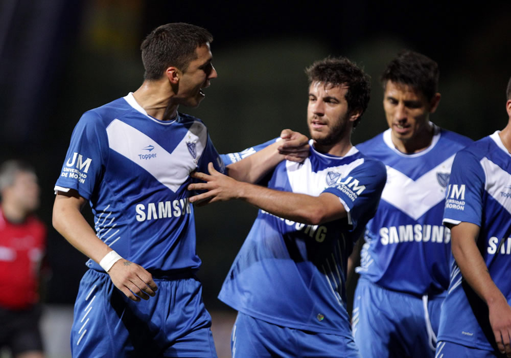 Vélez sacó un empate en la casa de Ponte Preta