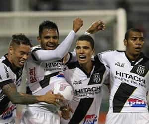 Ponte Preta sorprende a Vélez y desafía en semifinales a Sao Paulo