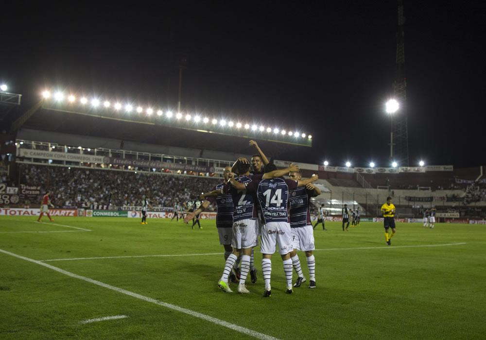 Ponte Preta y Lanús, dos nuevos protagonistas de una vieja rivalidad