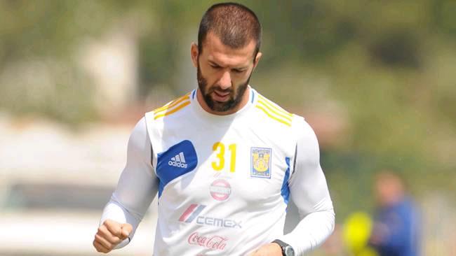 Emanuel Villa no será registrado por Tigres para el Clausura 2014. Foto: EFE