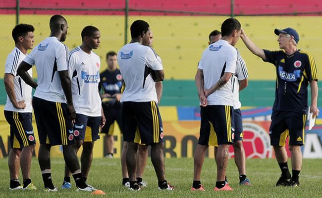 Brasil gana una posición, Colombia pierde una y Argentina sigue tercera. Foto: EFE